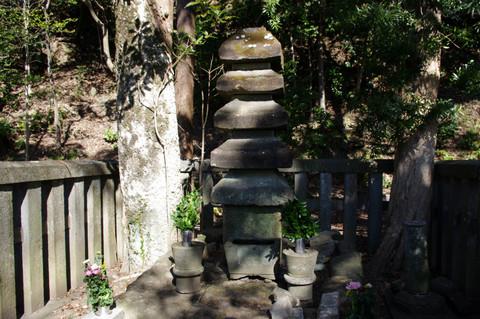 Yoritomonohaka1202203